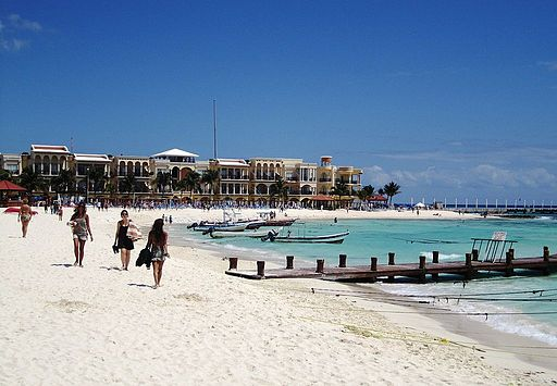mexico-honeymoon-spot-in-playa-del-carmen